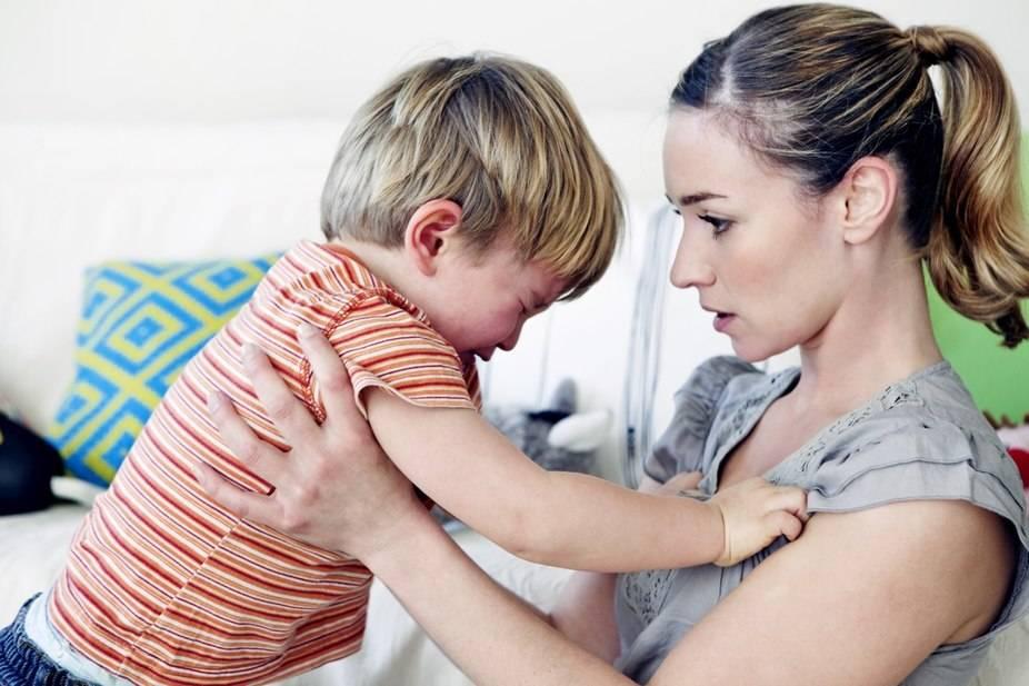 Если ребенок не слушается. как реагировать на непослушание