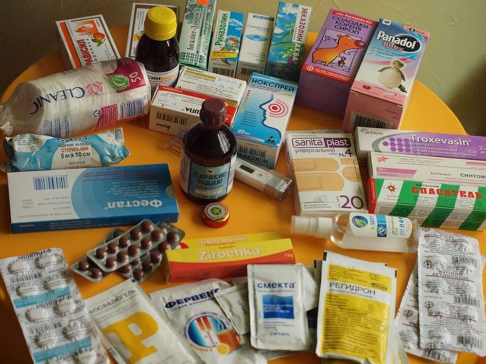 Аптечка для ребенка на море: список лекарств в дорогу, на дачу (комаровский)