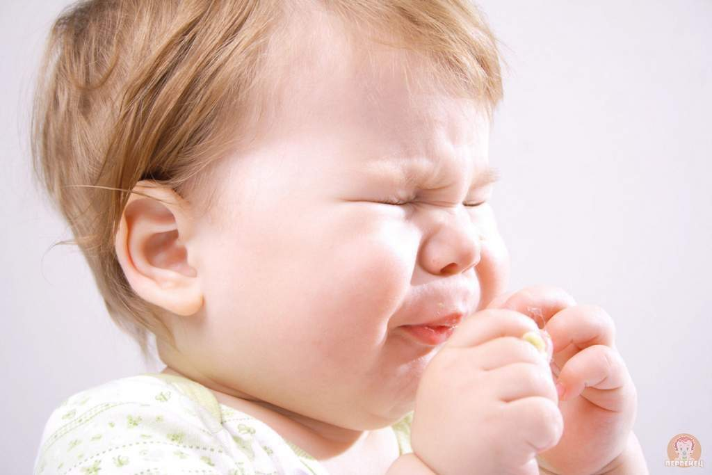 Насморк у грудного ребенка причины и лечение