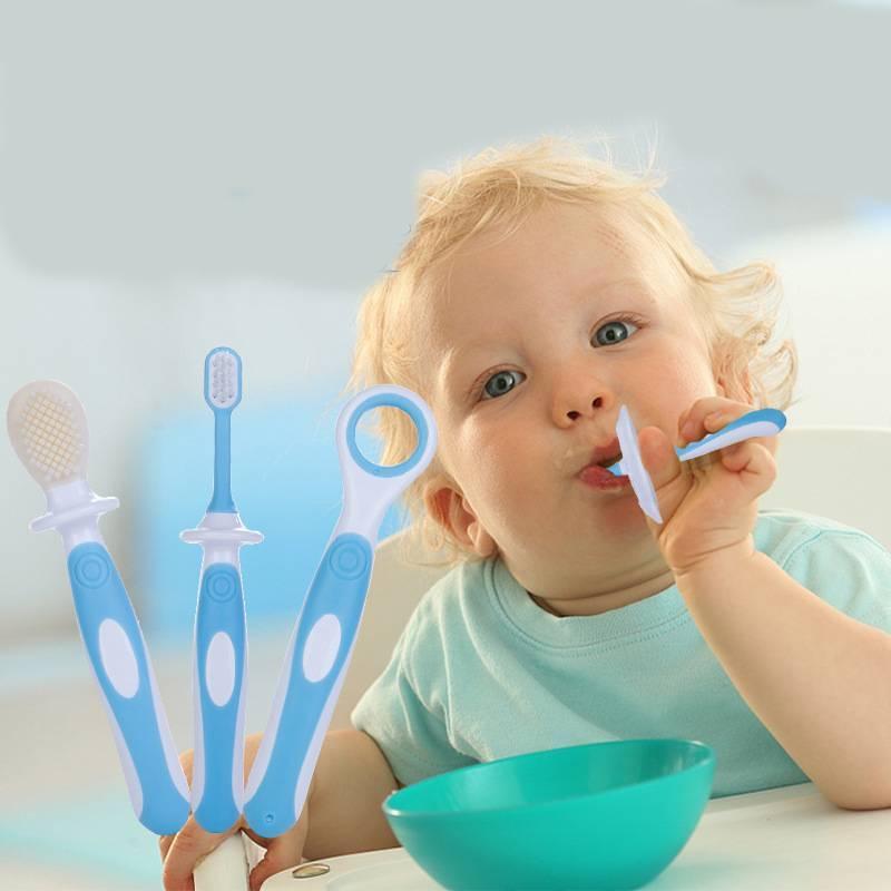 Как правильно учить ребенка чистить зубы: оригинальные методики
