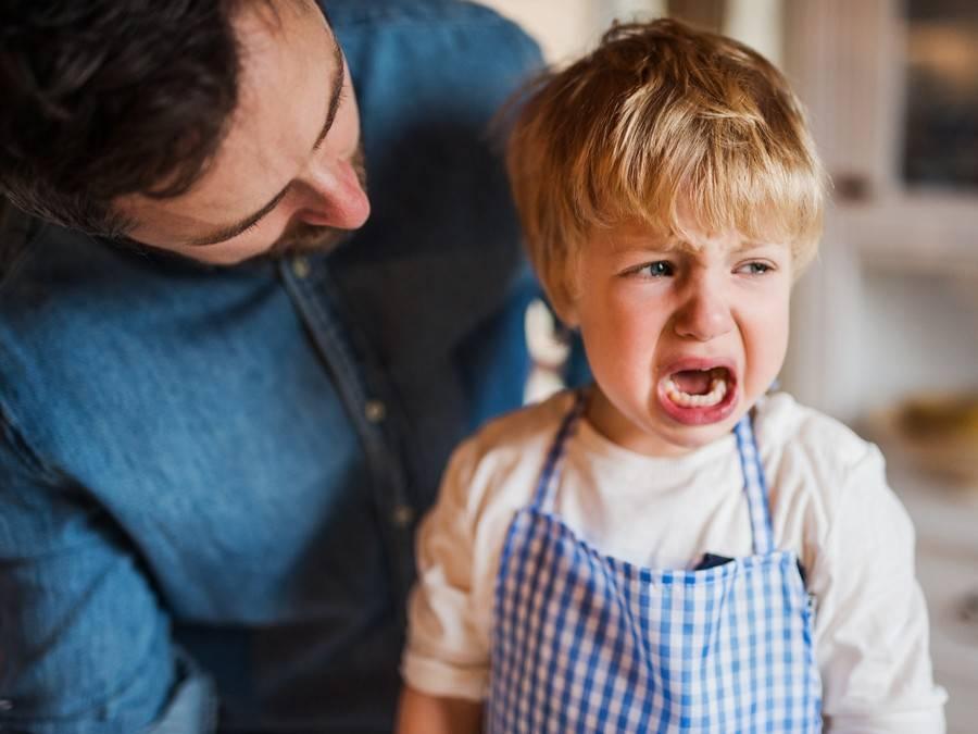 Почему ребенок не слушается?