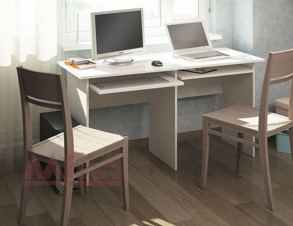Размеры компьютерного стола (38 фото): стандартная высота и ширина рабочей поверхности, подходят ли под стандарт габариты 60 и 70, 80 и 90 см