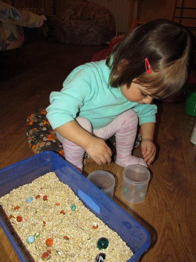 Сенсорная коробка для детей своими руками: как сделать - мк с фото   учимся, играя   vpolozhenii.com