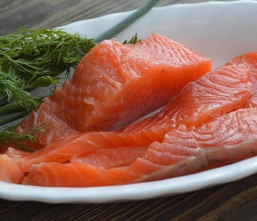 Можно ли беременным семгу слабосоленую, сушеную и вяленую красную рыбу - форель, горбушу, лосось?