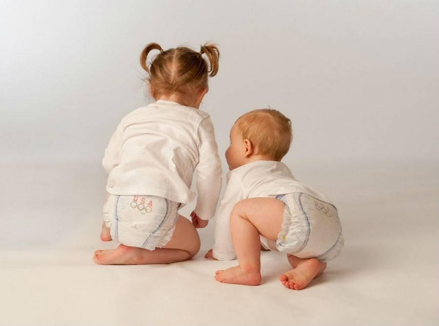 как отучить ребенка от памперса ночью: осторожно приучаем спать без подгузника