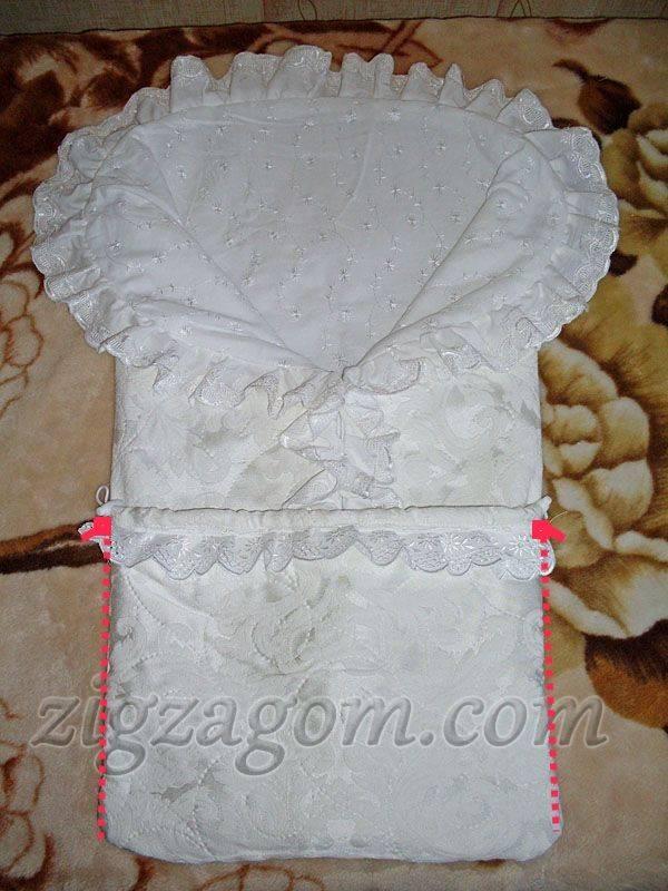 Одело на выписку своими руками