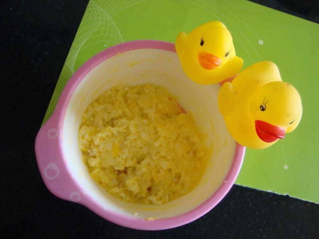 Как вводить яйцо в прикорм