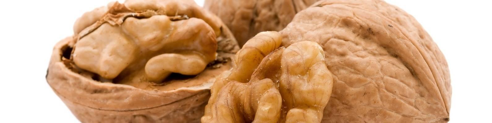 Грецкие орехи при беременности и грудном вскармливании