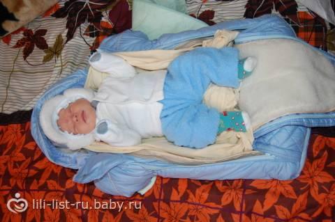 Когда после роддома можно гулять с новорожденным