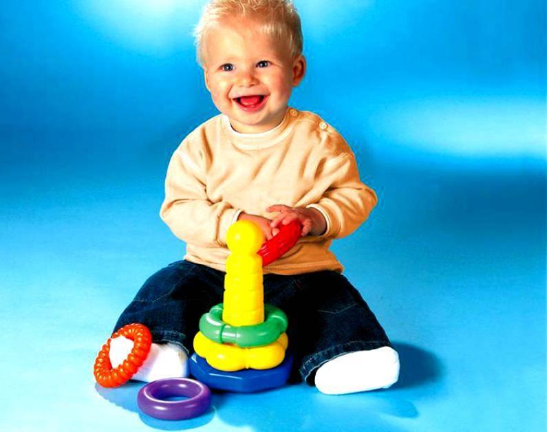 Как приучить детей собирать за собой игрушки