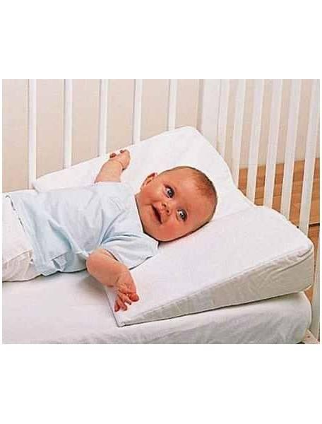 Ортопедическая подушка для новорожденных: нужна ли, с какого возраста?