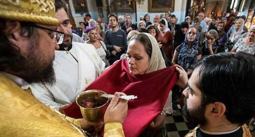 Можно ли с месячными ходить в церковь? можно ли с месячными ходить в церковь: что говорят священники
