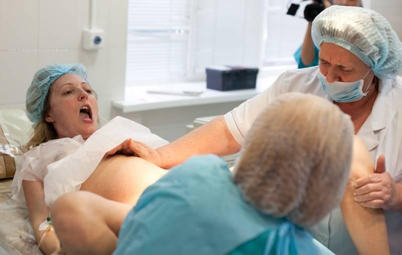 Роды после снятия пессария: через сколько могут отойти воды и начаться схватки?