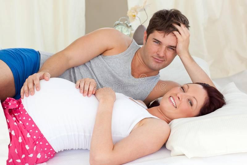 Какими позами заниматься любовью при беременности