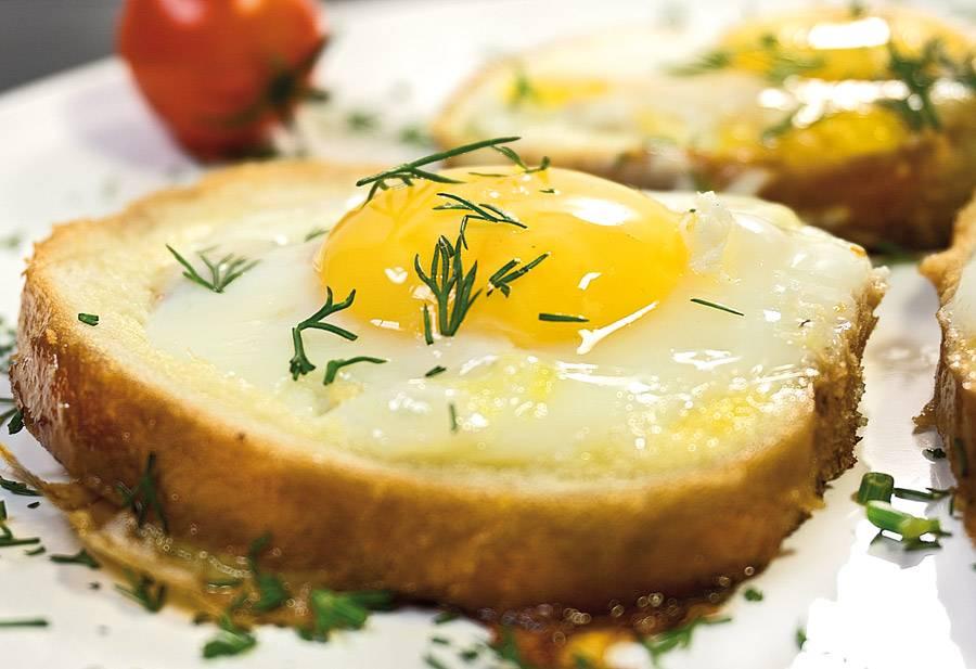 Можно ли яйца, омлет при грудном вскармливании: вареные, перепелиные