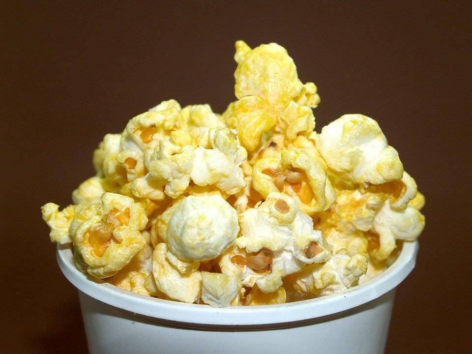 Попкорн полезные свойства и вред: вреден ли попкорн, польза при грудном вскармливании, можно ли кормящей маме