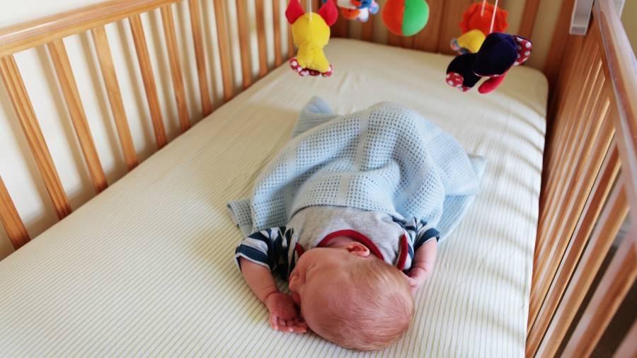 Как уложить ребенка спать быстро днем или ночью