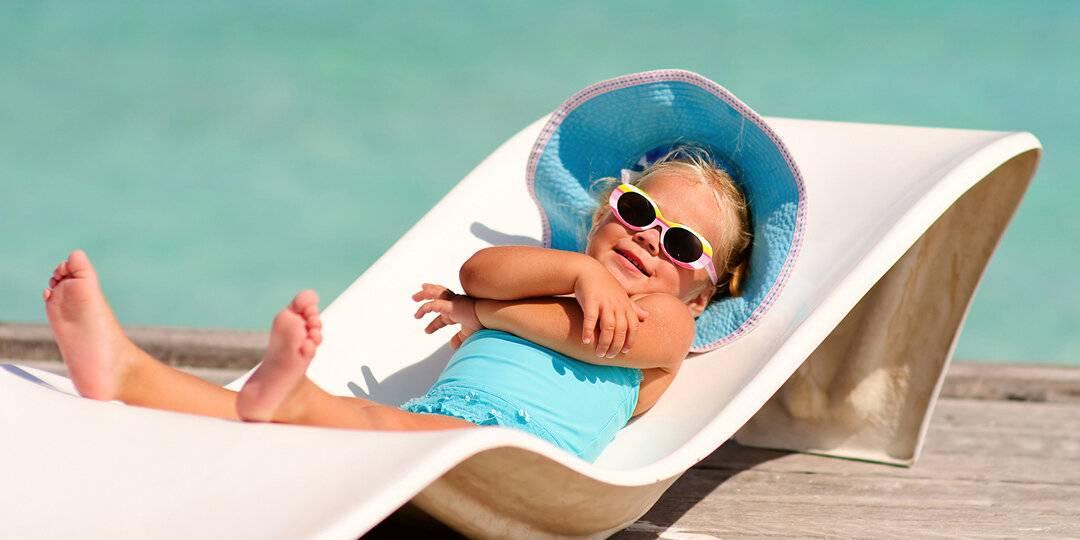 Можно ли купаться в море и загорать при ветрянке у детей или ехать отдыхать сразу после болезни?