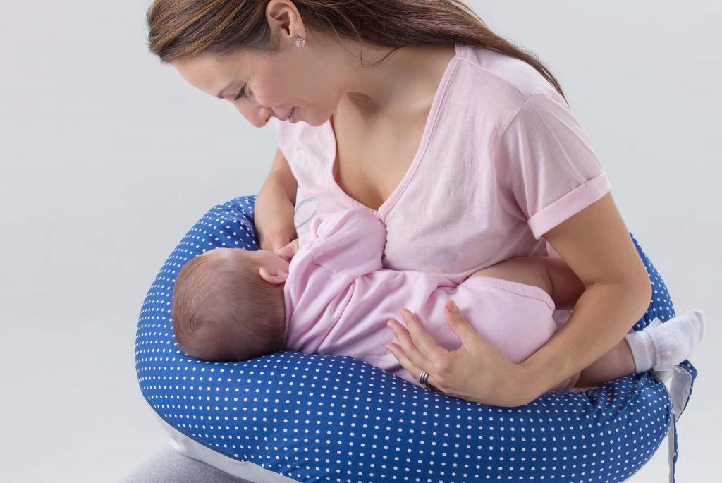 Кормление грудью двоен, троен, близнецов - ресурсы | грудное вскармливание