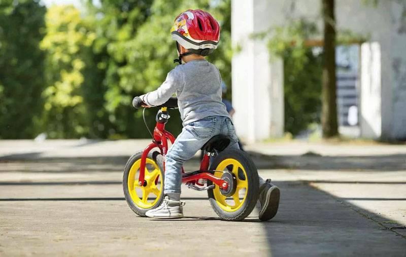Топ 10 лучших беговелов для детей от 2 лет. рейтинг по цене, качеству и отзывам владельцев