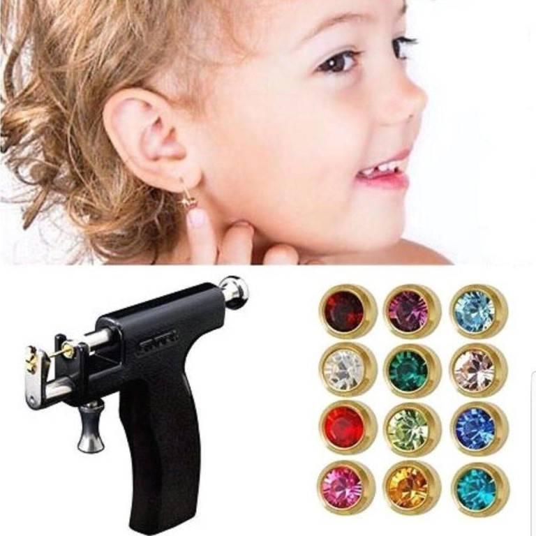 Когда прокалывать уши ребенку: мнения и рекомендации