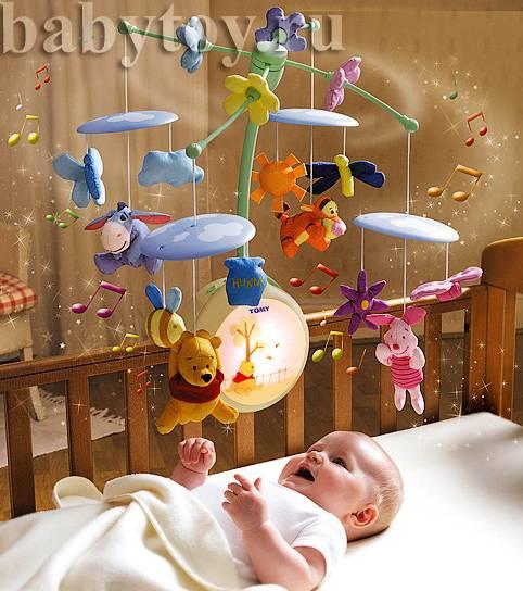 Мобиль в кроватку для новорожденного: когда стоит вешать и как правильно выбрать?