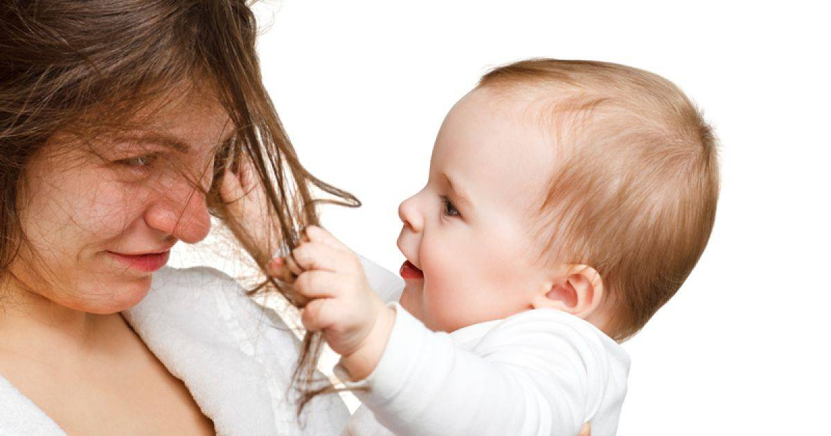 Можно ли красить волосы при грудном вскармливании: комаровский советует
