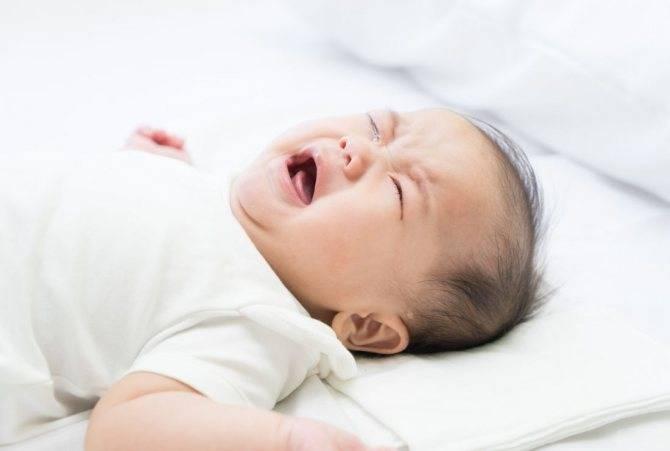 В каком возрасте ваши дети начали сами засыпать? чтобы сказку почитал, сказал спокойной ночи, свет погасил и вышел из комнаты