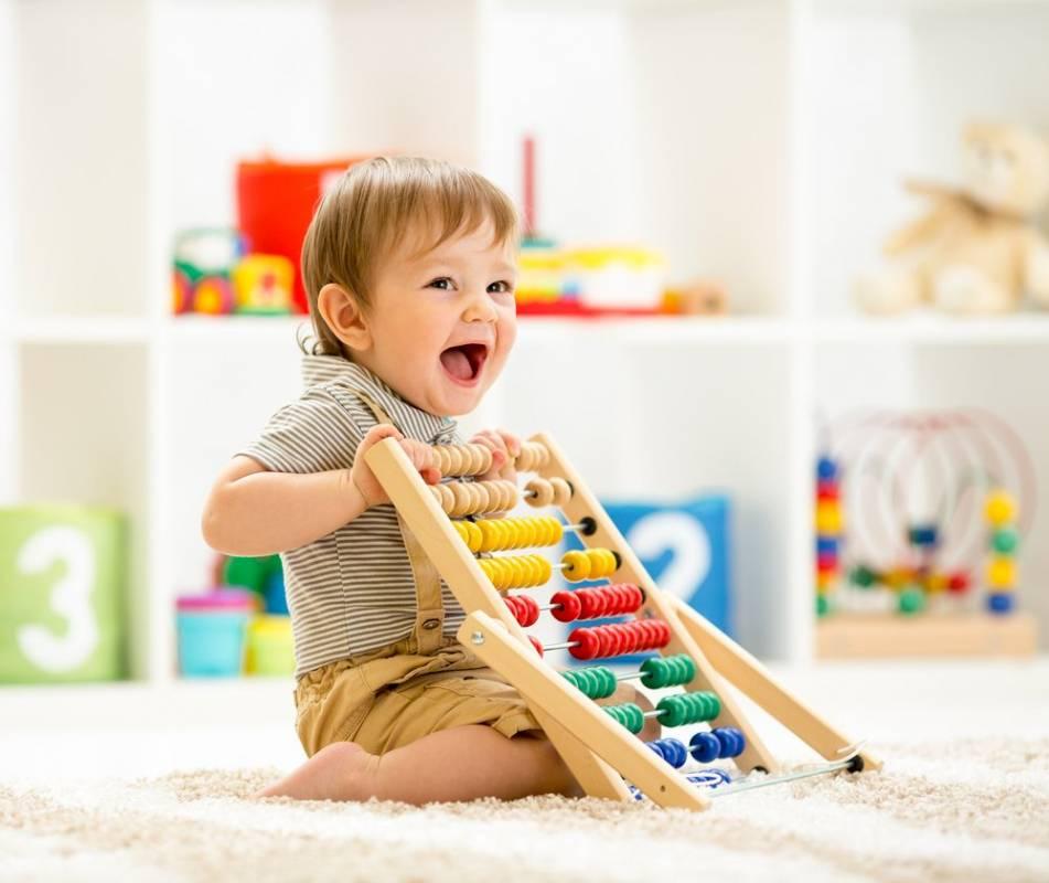 Досуг малыша – как развивать ребенка в 8 месяцев