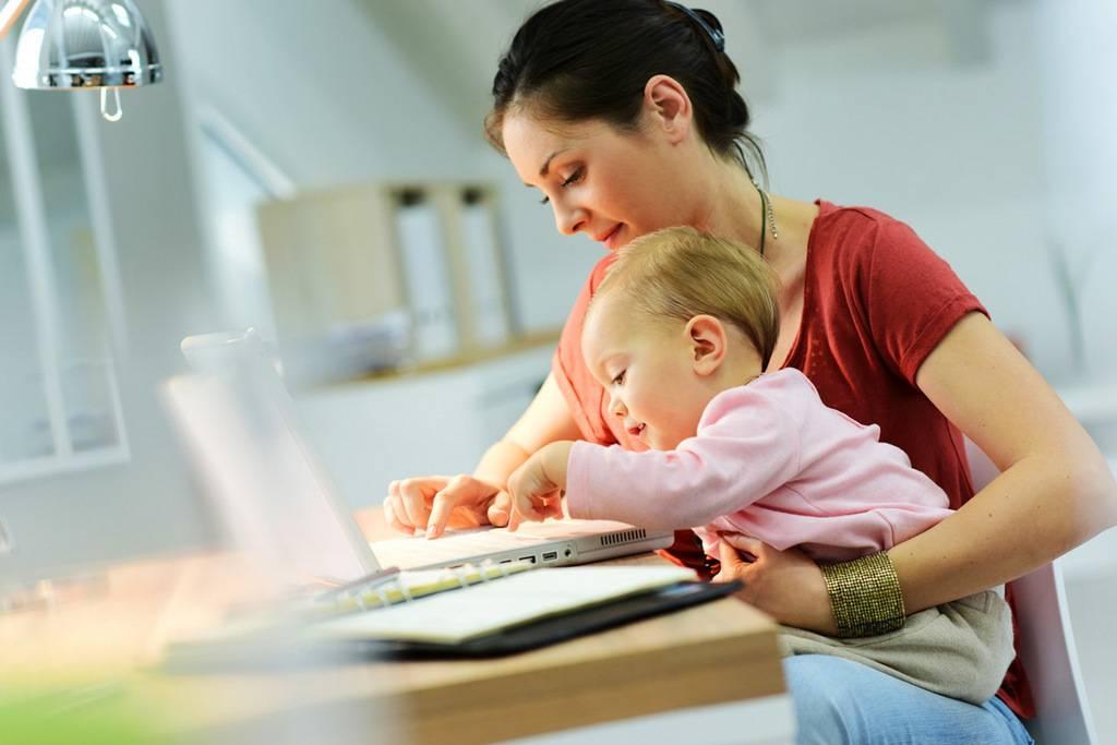 Работа на дому для мам в декрете— 8 вакансий заработка без обмана и вложений