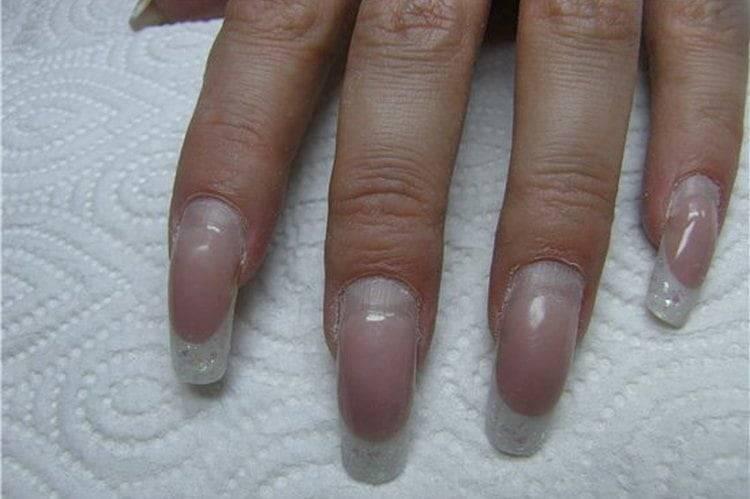 Можно ли наращивать ногти во время беременности: 5 противопоказаний