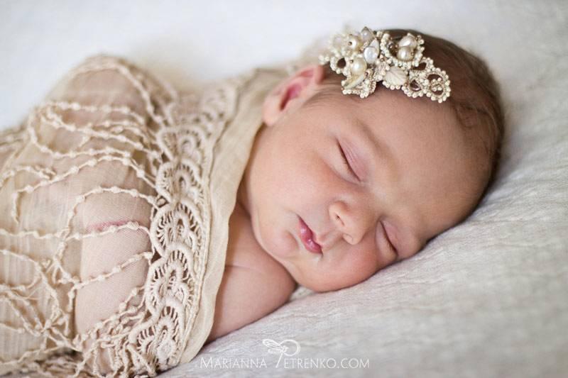 Почему грудничок просыпается через полчаса после укладывания на ночной сон