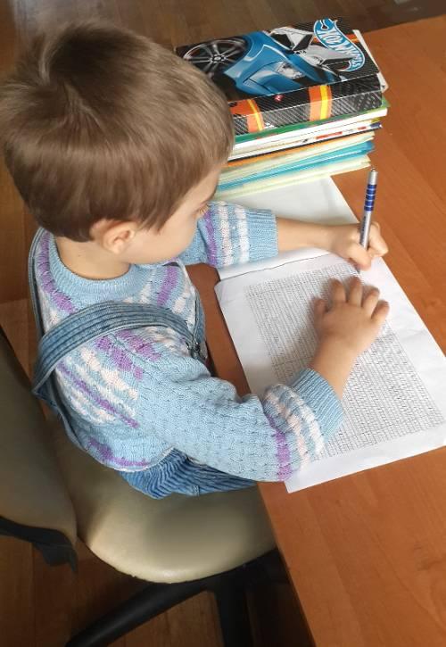 Ребенок не хочет ☀ делать уроки самостоятельно ❗️ , его ☘️ нужно научить самому делать уроки быстро и правильно - совет психолога ( ͡ʘ ͜ʖ ͡ʘ)