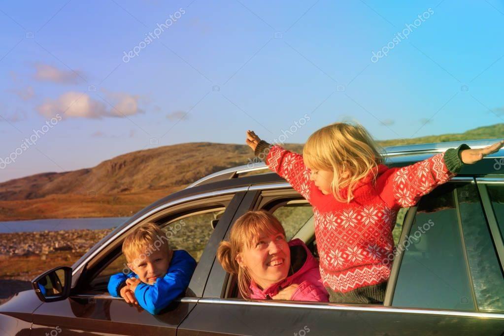 Планируем путешествие с детьми на машине: что важно знать