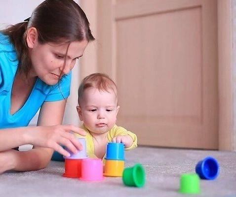 Развивающие игрушки для детей 9 месяцев - какие выбрать?