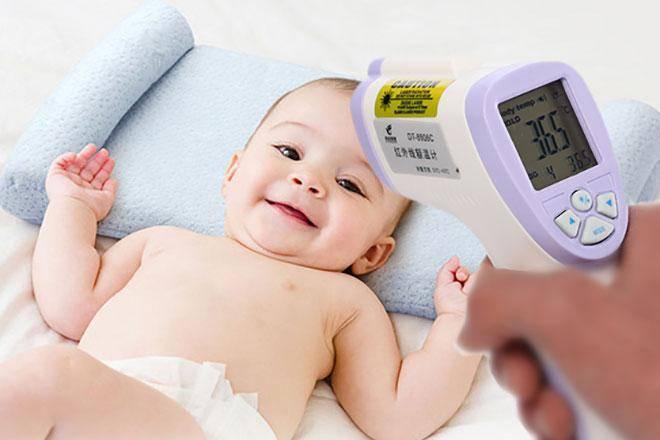 Все о измерении температуры у грудничка: как померить электронным и ртутным градусником