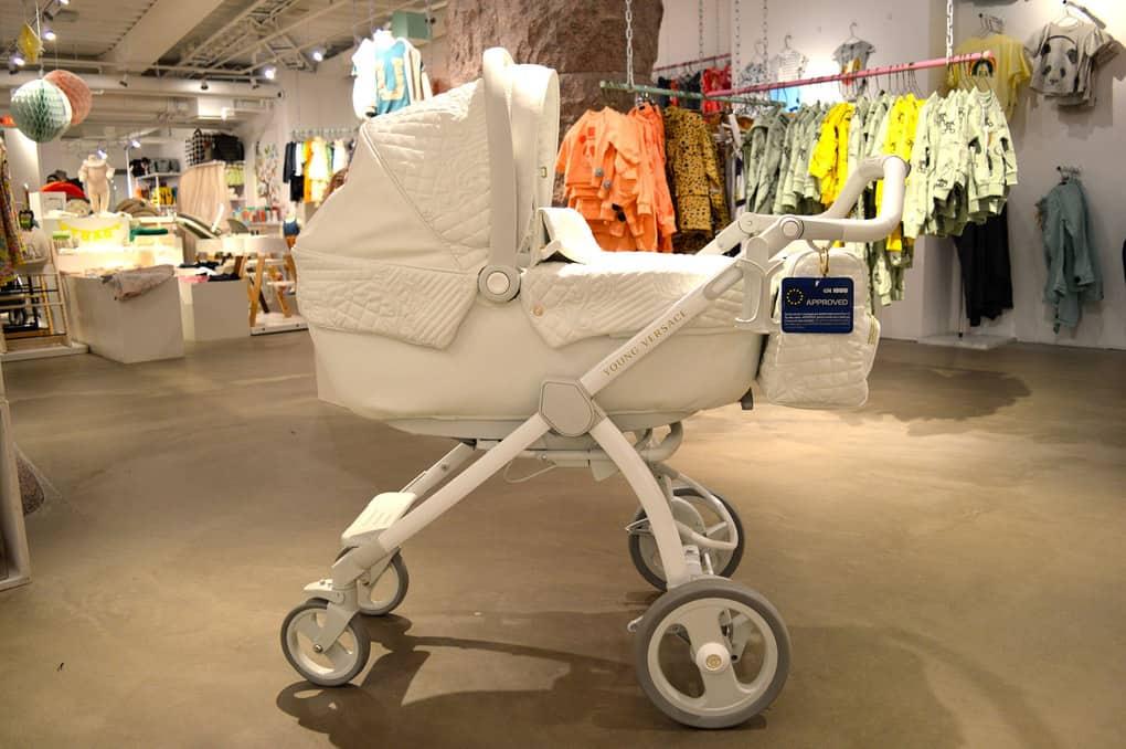 Топ 10 самых дорогих детских колясок в мире 2021 года