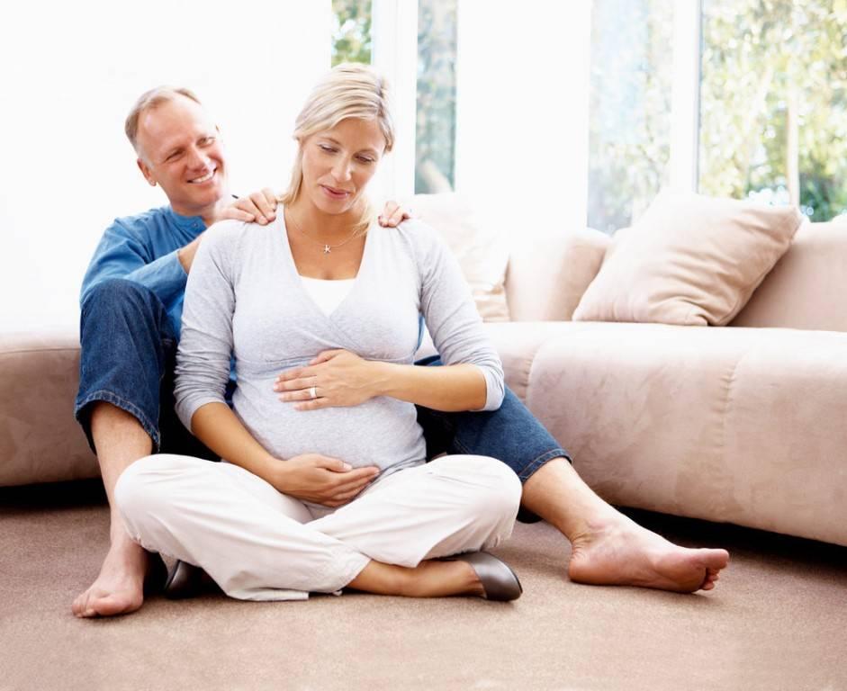 Страх и бессилие: 4 неизбежных сценария позднего материнства