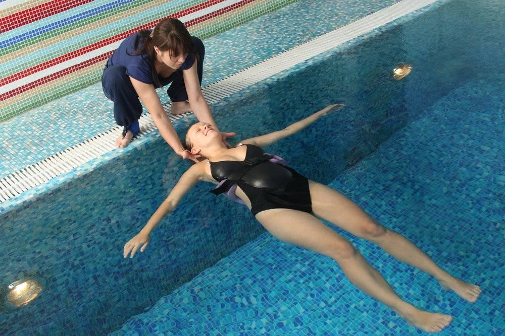 Можно ли беременным купаться в бассейне. можно ли беременным ходить в бассейн и аквапарк