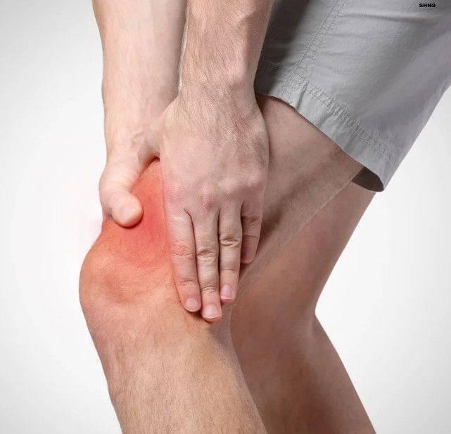 Хруст в коленях при сгибании и разгибании: как правильно лечить, эффективные процедуры