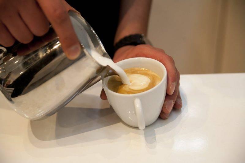 Чай с молоком при грудном вскармливании: польза, вред, рецепты и отзывы | дом, семья, беременность