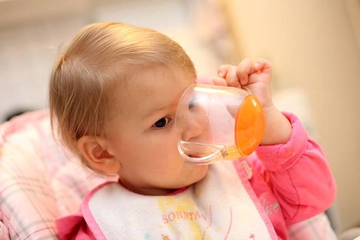 Помогите советом, как научить ребенка пить из бутылочки? - мамочки веснушек-2012 ! - страна мам