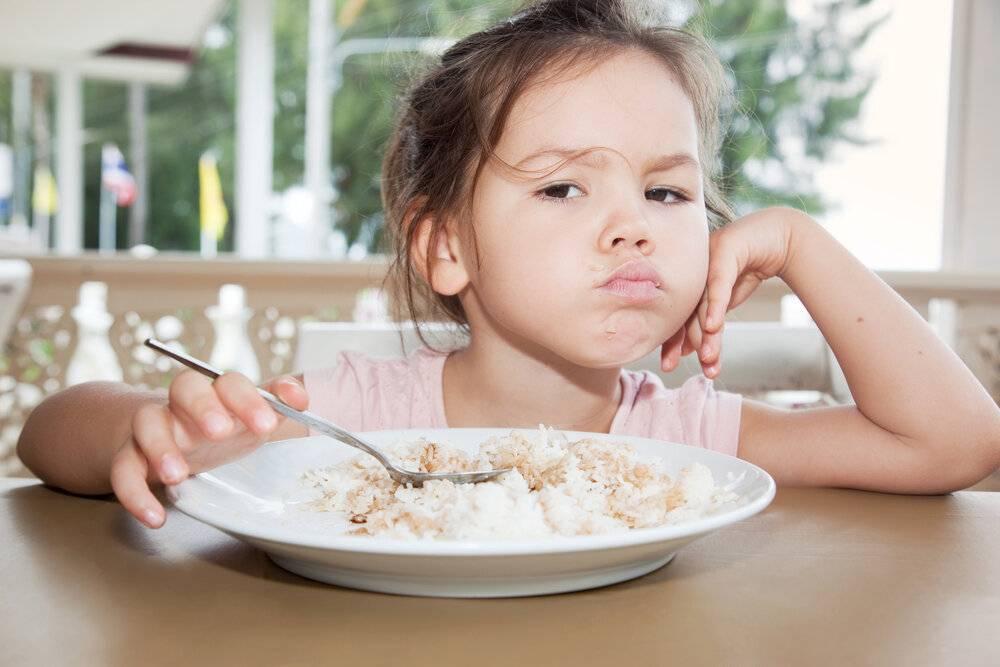Ребенку год плохо ест что делать | yurys.ru