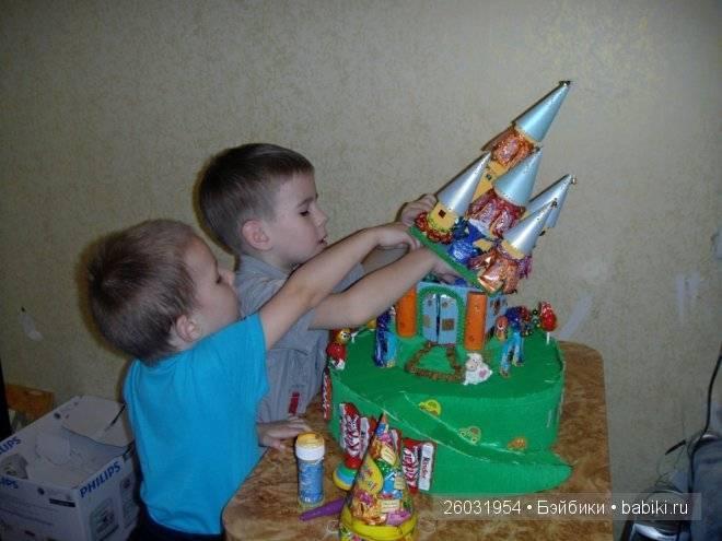 Что подарить мальчику на 4 года на день рождения - идеи подарков, в том числе сделанных своими руками