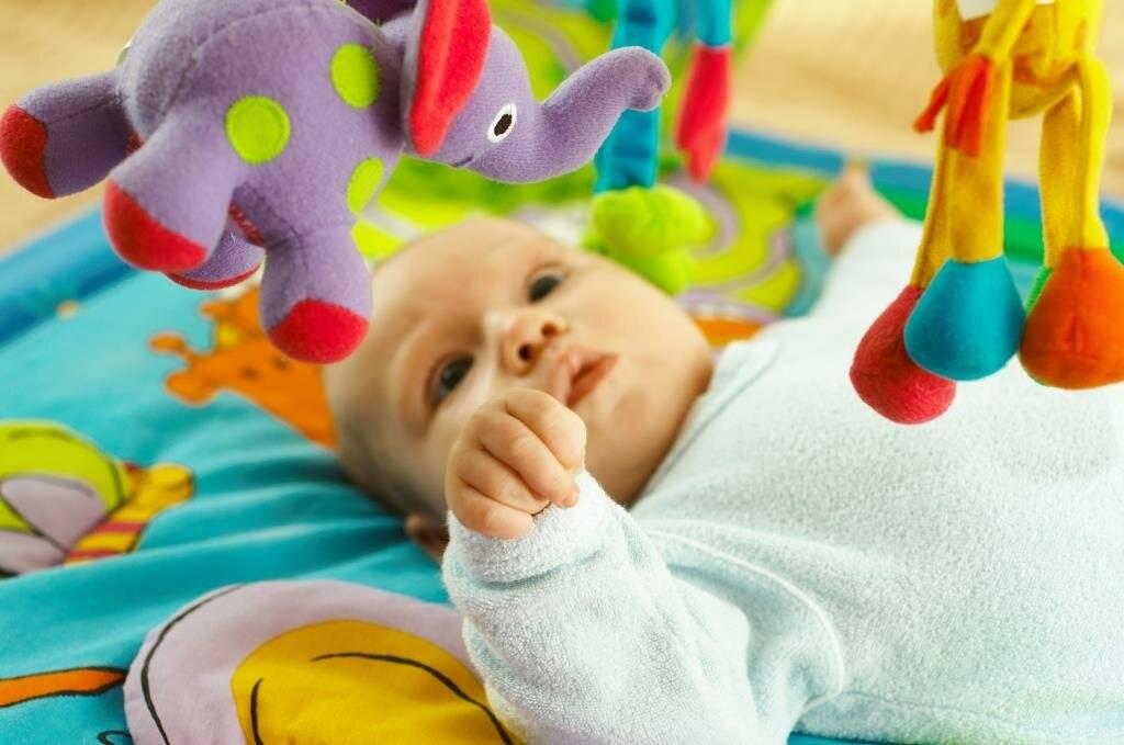 Развивающие игры для детей 2 лет дома. развитие мелкой моторики и не только. часть 1 – жили-были