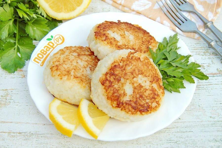 Рыбные котлеты для детей: 10 простых рецептов