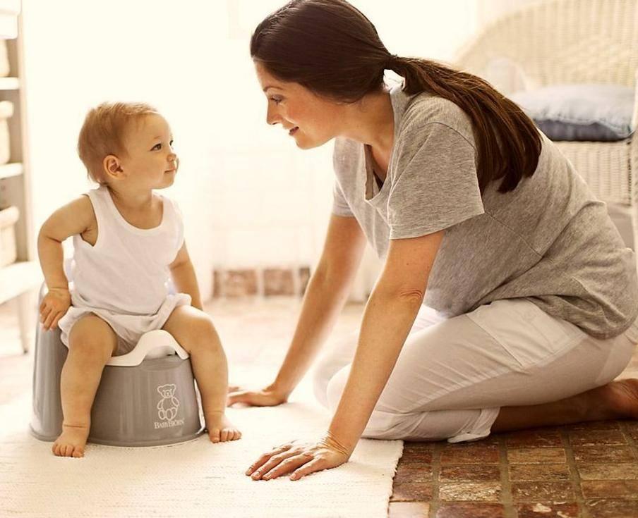 ☝️ как приучить ребенка ☺️ к горшку в ⇒ 1 год, в 1,5 и 2, методики ✔️ за 7 дней или 3 дня - ответ: нужно ли приучать с 10 месяцев?❓️
