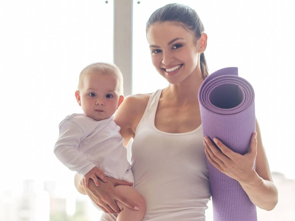 Можно ли заниматься спортом при грудном вскармливании, не вредны ли занятия для кормящей мамы, как они влияют на лактацию