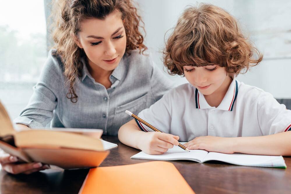 7 причин, почему ваш ребенок не может делать уроки сам