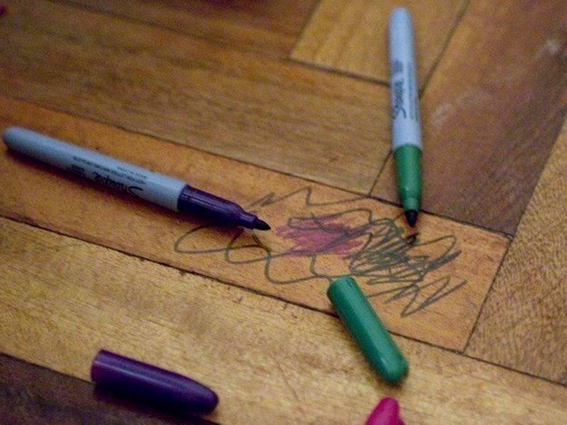 Что делать, если ребенок разрисовал себя фломастером – чем оттереть следы с кожи лица и тела?